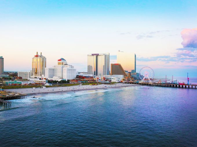 Atlantic City, beach, skyline, Atlantic Ocean, casino, hotel, resort, guest room, gaming, gambling, destination, Boardwalk, dining, bar, beach bar, beer garden, beer hall, club, nightlife, shopping, entertainment, attractions, spa, sports book, meeting, meeting space, conference, convention, convention center, conference center, event, business